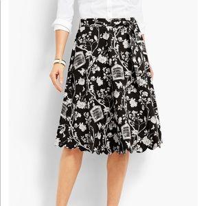 TALBOTS Black Birdcage Scallop Edge Skirt Size 2
